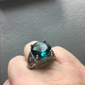 Jewelry - Aquamarine show stopper ring